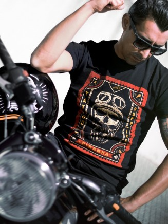 Piranha T-Shirt Golden Skull